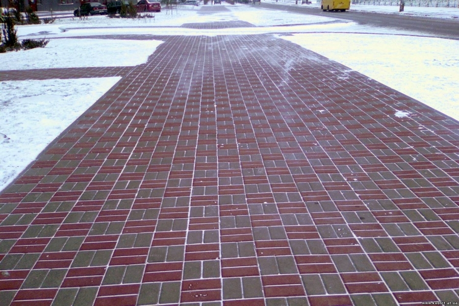 Уход за тротуарной плиткой в холодное время года