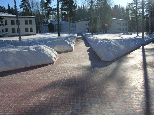Как ухаживать за тротуарной плиткой зимой?